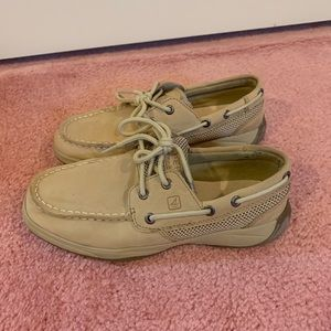 Sperry girls tan boat shoes, size 2.5M